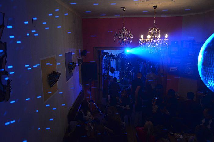 Četiri dana neprekidnih žurki tokom novogodišnjih praznika u Radio kafeu
