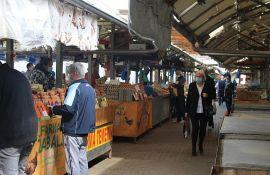 Prodavci i kupci u podne morali da napuste pijace, nejasna odluka novosadske