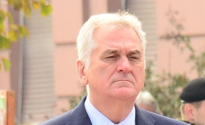 Tomislav Nikolić ostaje u vili na Dedinju