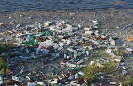 FOTO: Velika količina smeća oštetila most u Kraljevu