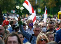 Beloruska policija pucala na protestu u Brestu, uhapšeno više desetina demonstranata