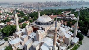 Aja Sofija: Turska za 15 dana donosi odluku da li da muzej pretvori u džamiju