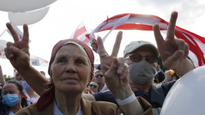 Protest u Belorusiji: Desetine hiljada ljudi na mitingu opozicije uprkos pritiscima