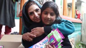 Žene i Azija: Posvetila je život da devojkama u Kašmiru obezbedi higijenske uloške