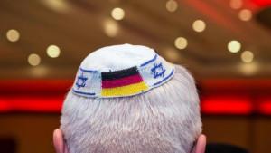 Jevreji u Nemačkoj upozoreni da ne nose tradicionalne kape u javnosti