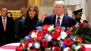Kapitol hil: Tramp odao počast Bušu starijem