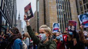 Abortus i Poljska: Zašto su žene na ulicama