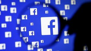 Društvene mreže, privatnost i zaštita ličnih podataka: Podnete tužbe protiv Fejsbuka zbog Kembridž analtika skandala
