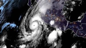 Tropska oluja Vil: Nevreme se proširilo na kopneni deo Meksika