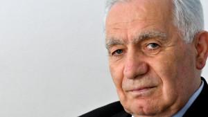 Korona virus u Bosni i Hercegovini: Preminuo Momčilo Krajišnik