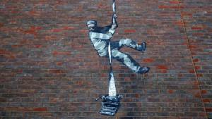Benksi i ulična umetnost: Misteriozni umetnik potvrdio da je nacrtao odbeglog robijaša na zidu zatvora Reding
