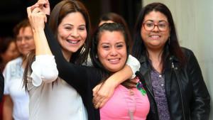 El Salvador: Oslobođena žena osuđena na 30 godina zatvora zbog smrti novorođenčeta