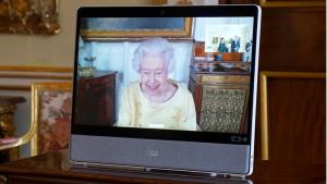 Kraljevska porodica i Britanija: Kraljica Elizabeta se sastala sa ambasadorima posle izlaska iz bolnice