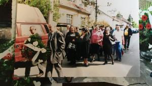 Romi u Srbiji: Šta će biti sa jedinim spomenikom palim romskim borcima u Beogradu - sećanje i tradicija pod katancem