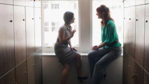 Psihologija i društvo: Zašto je tračarenje na poslu dobro po vas