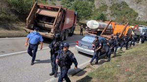 Kosovo, Srbija i tablice: Specijalne jedinice i blokada teškom mehanizacijom - šta se dešava na prelazima