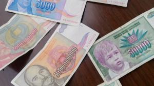 Raspad Jugoslavije, inflacija i dinar: Kada su stanovnici Srbije bili milioneri