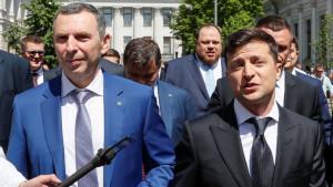 Ukrajina i kriminal: Rafalom na auto savetnika predsednika, vozač povređen - Zelenski najavljuje snažan odgovor