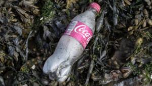 Koka-kola i plastika: Ljudi žele da koriste plastične flaše, kažu iz ove kompanije