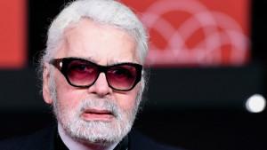 Modni kreator Karl Lagerfeld umro u Parizu