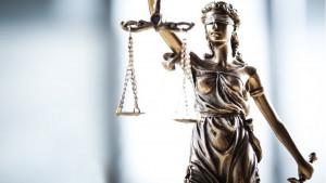 Pravda je slepa - neobični eksperimenti pokazuju šta sve može da utiče na sudije