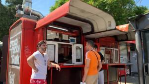 Jugoslavija, socijalizam, nostalgija: Hoće li opstati čuveni crveni kiosk sa viršlama u Beogradu