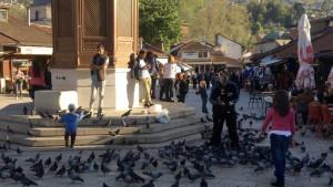 Kosovske takse: Preduzetnici i obični ljudi pate zbog politike