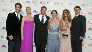 Televizija i serija Prijatelji: Objavljen datum premijere nastavka, gledaćemo i Bekama, Lejdi Gagu, Džastina Bibera