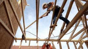 Bez šlema i kanapa: Kako je moguće da se radnici ne vezuju na 15-om spratu