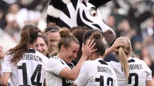 Moć ženskog fudbala u Italiji - 39.000 navijača na meču Juventusovih dama