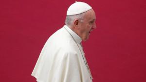 Papa Franja: Neophodna konkretna rešenja u borbi protiv zlostavljanja dece u crkvi