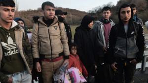 Migranti i izbeglice na Balkanu: Koliko zarađuju krijumčari ljudi i koje sve kanale koriste