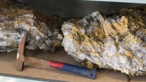 Rudari u Australiji pronašli veliko zlatno grumenje