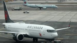 Kanada: Putnica se probudila u praznom i parkiranom avionu