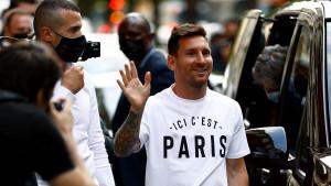 Fudbal i Lionel Mesi: Insajderski pogled na prve mesece života napadača Pariz Sen Žermena u Francuskoj