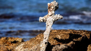 Bliski istok, istorija i arheologija: Ronilac izronio krstaški mač star 900 godina