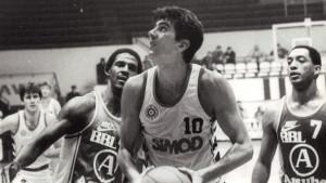 Milenko Savović, legendarni košarkaš Partizana: Panker pod obručima
