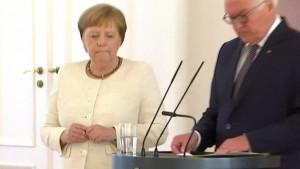 Angela Merkel opet imala drhtavicu