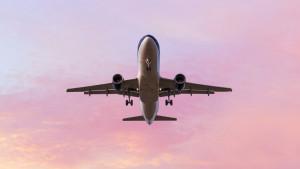 Vazdušni saobraćaj: Može li da nam se sa neba sruči izmet iz toaleat aviona i kolika je verovatnoća da nas pogodi