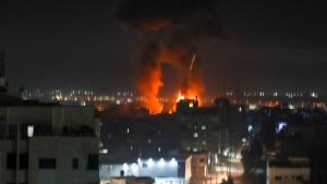 Bliski istok i sukobi: Vazdušni napadi Izraela na Gazu kao odgovor na Hamasove eksplozivne balone