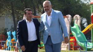 Severna Makedonija i Albanija: Progutali