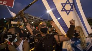 Korona virus: Hiljade na protestu u Izraelu zbog načina upravljanja privrednom krizom izazvanom korona virusom