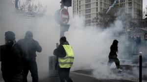 Gnev Žutih prsluka još uvek potresa Francusku