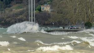 Oluja Kira usmrtila najmanje sedam osoba u Evropi