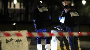 Napad nožem u Parizu, povređeno sedmoro ljudi