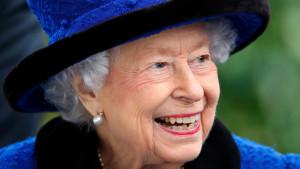 Velika Britanija i kraljevska porodica: Kraljica se vratila u zamak Vindzor posle pregleda u bolnici