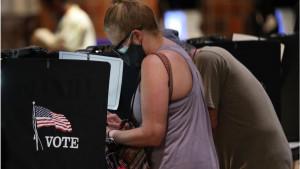 Predsednički izbori u Americi 2020: FBI tvrdi da Iran i Rusija imaju podatke o delu birača