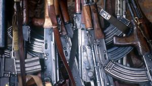 """Trgovina oružjem, Slobodan Tešić i FinCEN dosijei: Transakcije povezane sa trgovcem oružja prijavljene kao """"sumnjive"""