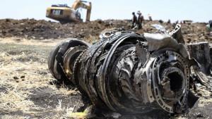 Etiopija: Piloti Boinga 737 nisu mogli da spreče poniranje aviona