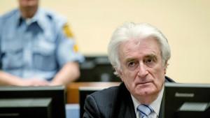 Hag prebacuje Radovana Karadžića u Veliku Britaniju na odsluženje zatvorske kazne